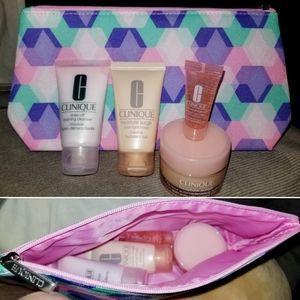 5 Piece Clinique Lot! Moisture Surge Cosmetics